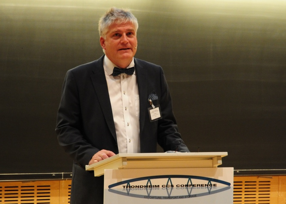 Dr Nils Røkke opened the eighth Trondheim Conference on CO2 Capture, Transport and Storage (Photo: Svend Tollak Munkejord