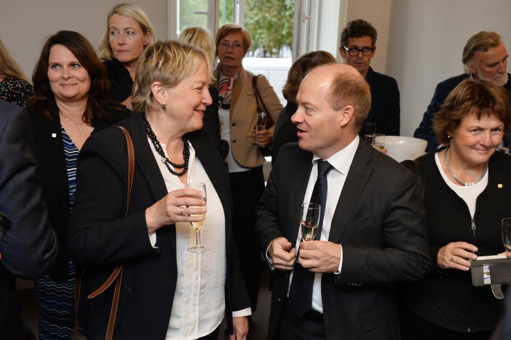 Konsernsjef i SINTEF, Unni Steinsmo og adm. dir. i SINTEF Energi, Inge Foto: Jan van der Perre.