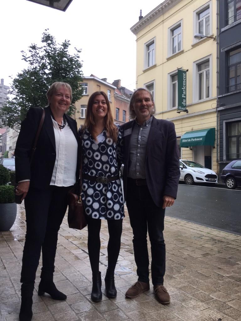 Unni Steinsmo, Berta Matas Guell og Petter Støa i Brussel. Foto: Petter Haugan