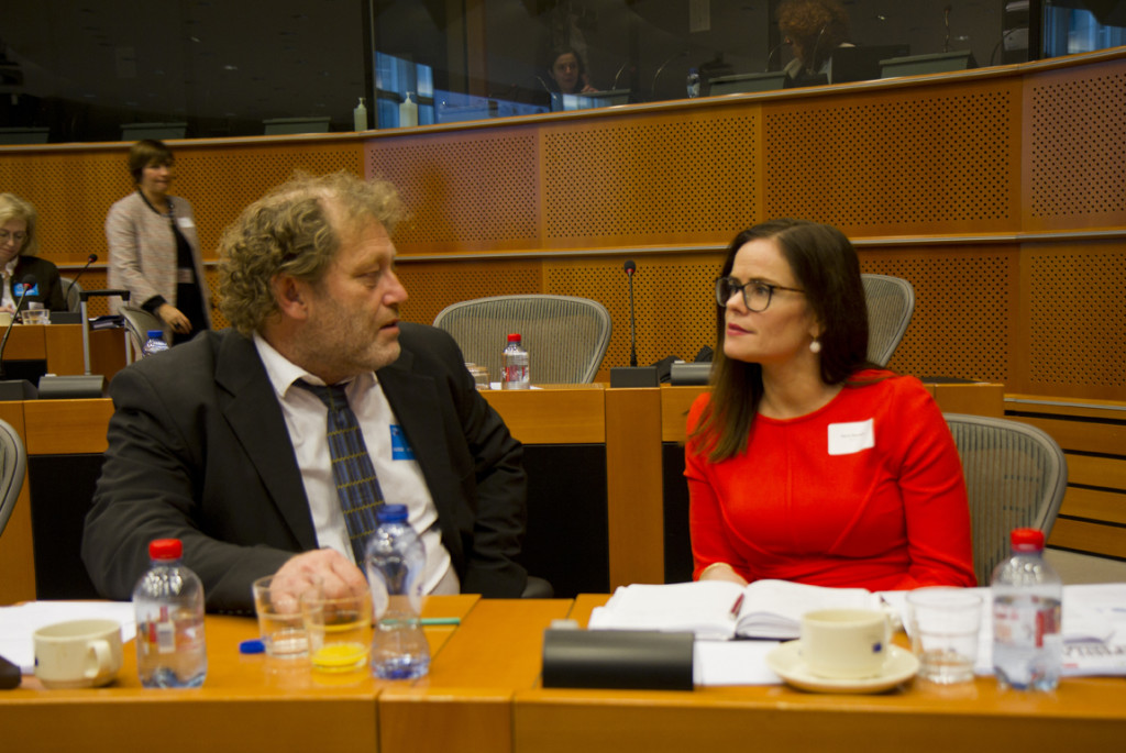 Frederic Hauge from Bellona and Marie Bysveen from SINTEF Energy HCCS European Parliament 12. November GATEWAY project (Photo: Hilde Harket, The Research Council of Norway)