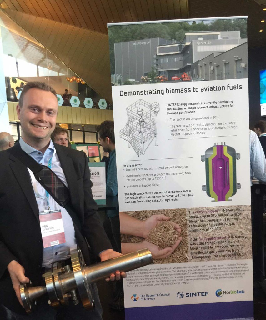 Per Carlsson showing the burner assembly for the gasification reactor at Technoport 2016