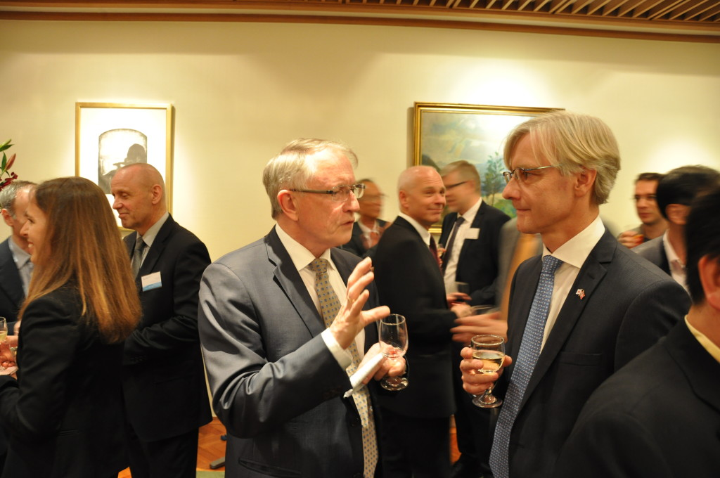 From left Arvid Hallén and Norwegian Ambassador in Japan, Erling Rimestad (Photo: Kristoffer Robin Haug)