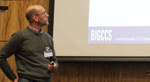 Alv-Arne Grimstad presenting