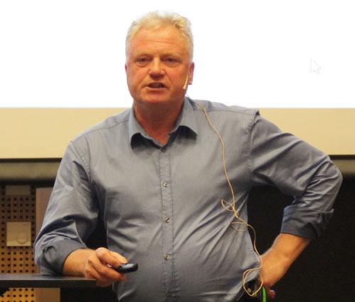 Johan Hustad presents