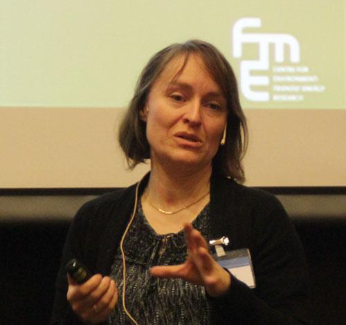 Kristin Jordal presenting