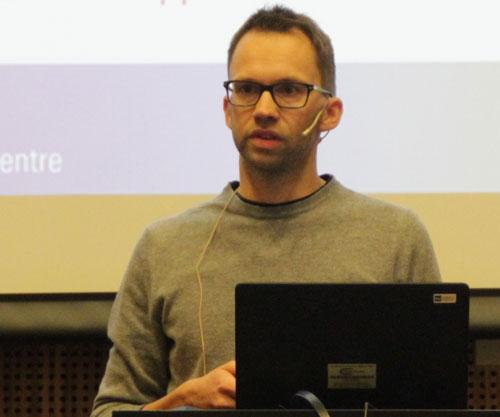 Peder Eliasson presenting