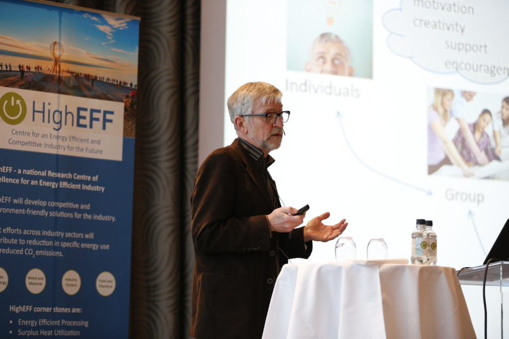 Per Morten Schiefloe, NTNU Society Research spoke about centre innovation. Foto: SINTEF/Gry Karin Stimo.