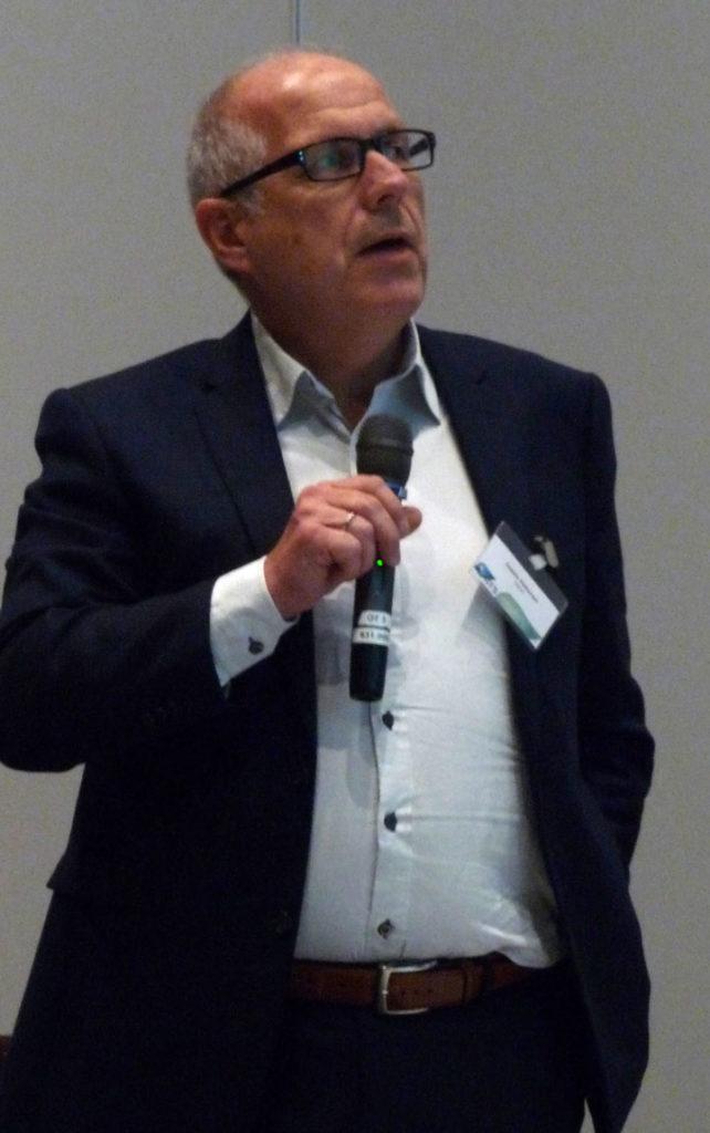 Jostein Pettersen presenting