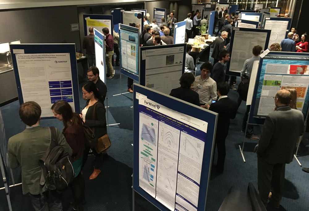 Poster-session-4526