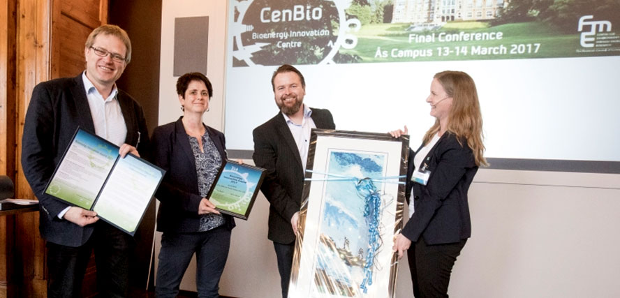Prediktor Instrument AS receives the Bioenergy Innovation Award 2017 during the CenBio Final Conference at Ås Campus.