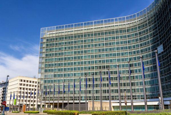 EU-parliament_shutterstock_335421164