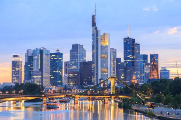 Frankfurt_shutterstock_484820140